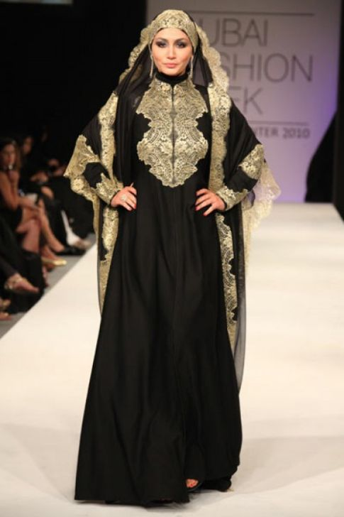 Amal-Murad-Abaya-design-in-Dubai-Fashion-Week-2012